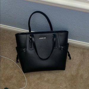 Black Micheal Kors Bag!